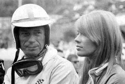 Yves Montand talks to Françoise Hardy