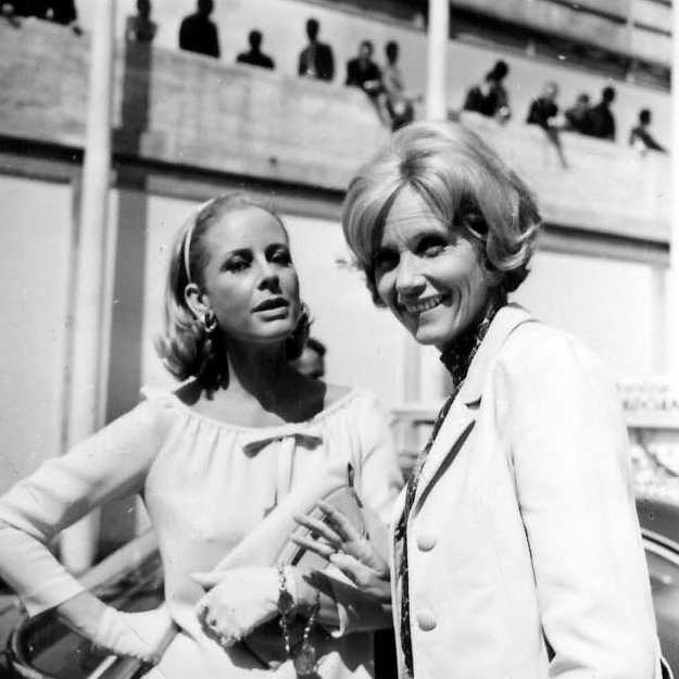 Eva Marie Saint and Geneviève Page at Monza