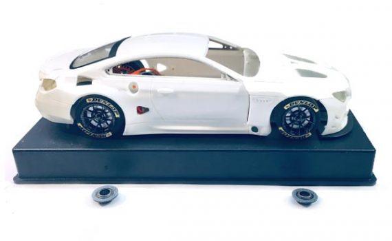 Sideways BMW M6 GT3 white kit