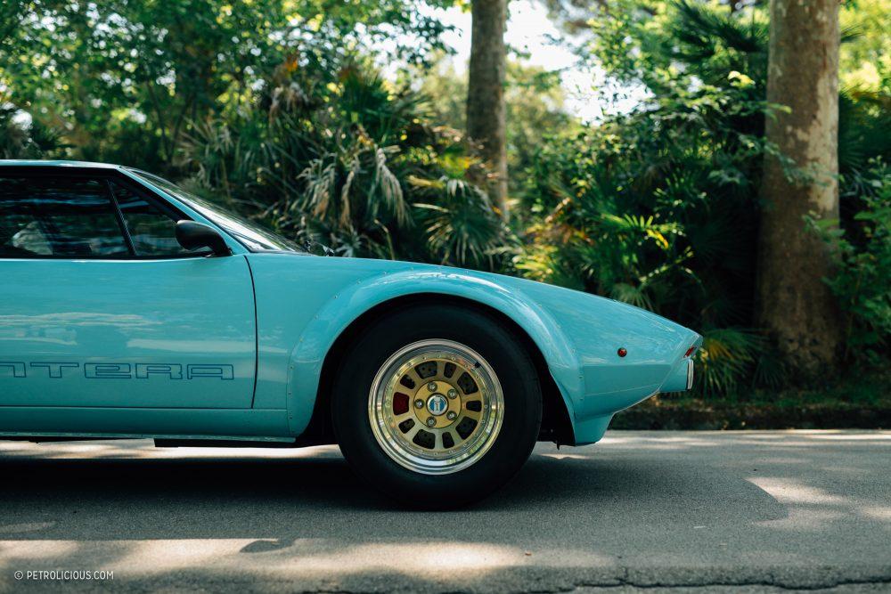 Turquoise De Tomaso Pantera sports car
