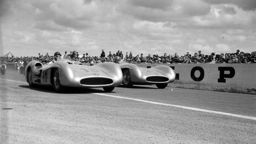 Fangio and Kling, Mercedes-Benz W196, at Reims
