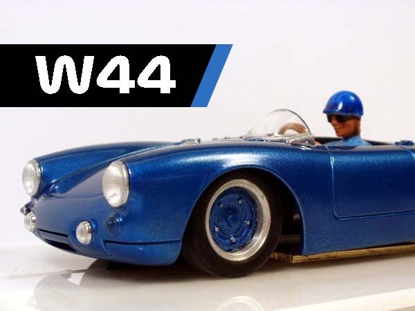 W44, Porsche 550 Spyder, kit bash