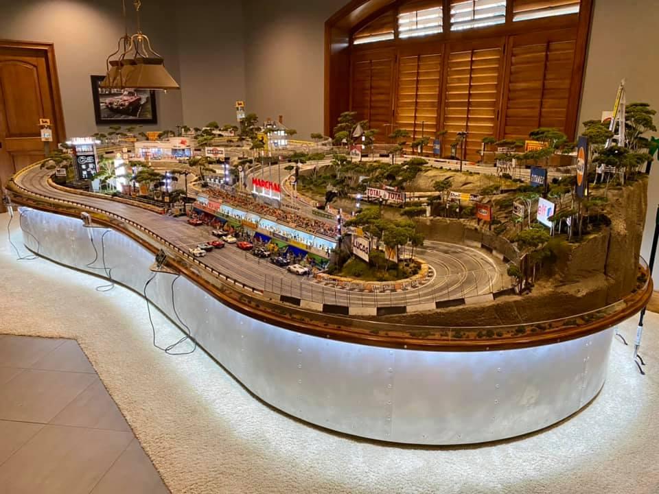 Fenech Raceway, a highly detailed slot car track